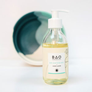 Brightening organic hand wash with Sweet Orange and Geranium